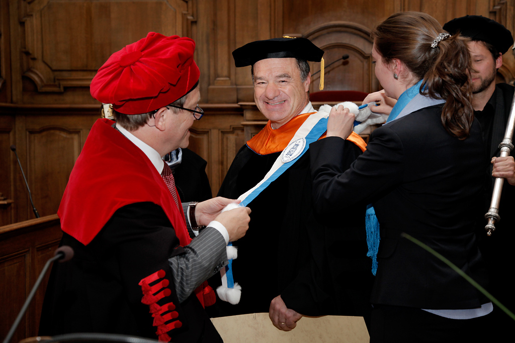 Honorary doctorate for Gerry Fuller